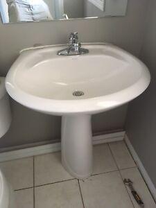 Pedestal Sink for Sale