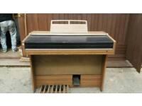 Yamaha organ
