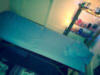 Male masseur-Relaxing massage-Paddington-gay friendly