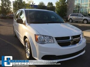 2014 Dodge Grand Caravan SXT **DVD+A/C 3 ZONES+CAMERA+WOW!!