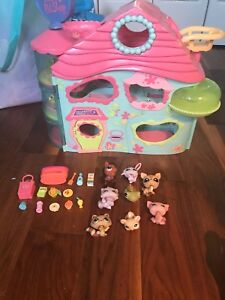 Little pet shop for sale with accessories and house