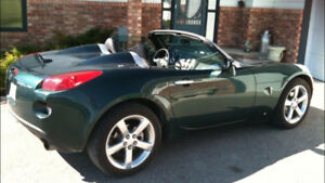 GREAT SHAPE !!  LOW MILES! 2008 Pontiac Solstice GXP Convertible