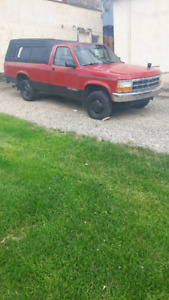 Very well maintained 1992 dodge dakota