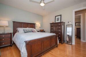 6 piece solid wood Queen bedroom set