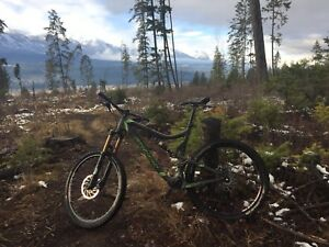 2012 Santa Cruz Blur LTC Carbon Large All Mountain Bike