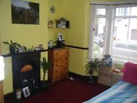 Large Room Hornchurch Romford Female
