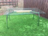 Stunning glass table £50 ono