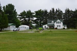 WELL APPOINTED HOME IN BURNT RIVER!