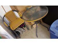 Garden / balcony / patio table & chairs