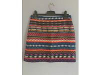 TOPSHOP skirt. Size 10. Very good condition.
