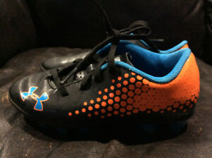 Under Armour Soccer Cleats - size 11