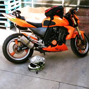 2003 kawasaki Z1000 naked bike!