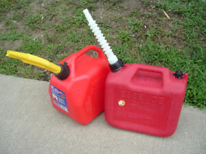 2 10 Liter plastic Gas Can (Used once)