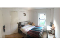 Short term let double bedroom in central Clifton