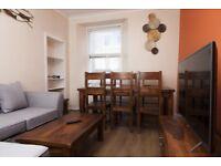 4 bedrooms, 2 bathrooms spacious apartment beside Edinburgh University