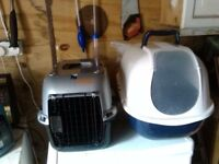 Cat carry box and loo for sale