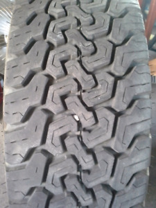 LT235/75R15 TRAIL MARK RADIAL APR one tire only