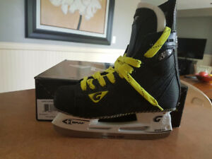 GRAF 335S SUPRA Hockey Skates - NEW