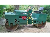 Cricket roller 2500kg in excellent order.Reliable Honda engine.Hydraulic drive
