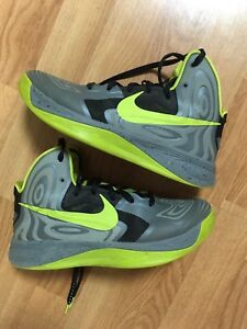Men's basketball shoes Nike hyperfresh size 8
