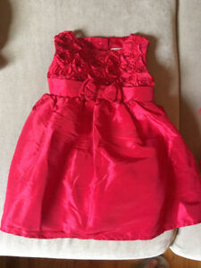 12 month baby girl dress/ robe pour fille 12 mois