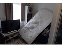 Single mattress - very good condition