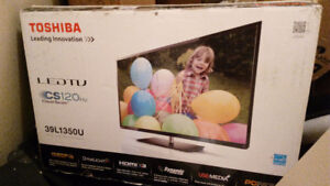 "TOSHIBA 39""LED TV for $200"