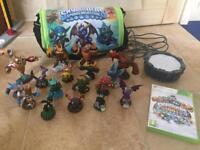 Xbox 360 skylander giants bundle game figures bag & portal