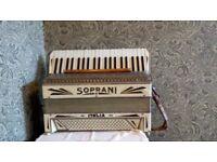 Piano accordion, Soprani, beautiful condition