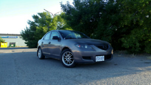 2007 Mazda3   *Lots of extras!*