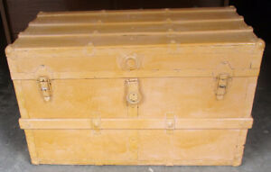 Steamer trunk 4 sale