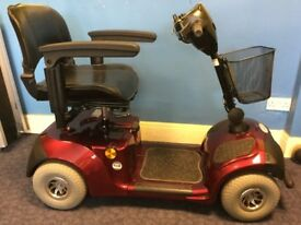 4mph MID SIZED MOBILITY SCOOTER
