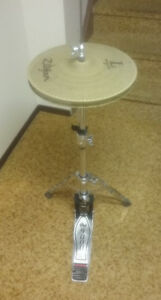 DW9000HH stand, TamaSC dbl.pedal, Yamaha throne, etc.