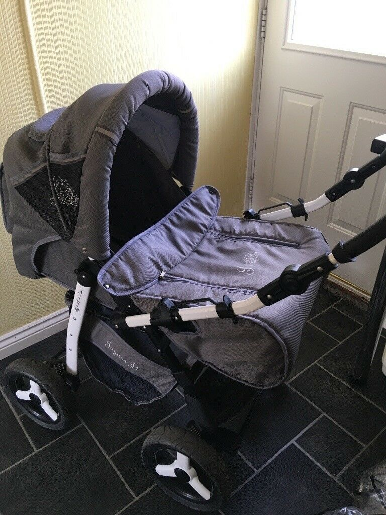 Travel system includes rain cover and sun net. Very good condition