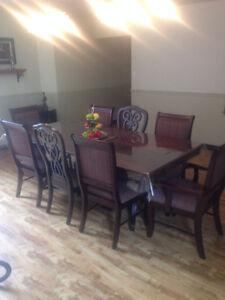 mobilier de salle a diner