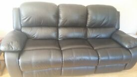 Settee and single chair.