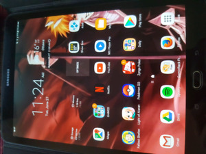 Samsung tablet S2 9.7 screen LTE with keyboard case