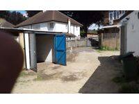 SIDCUP LARGE DRY SECURE GARAGE TO RENT/LET/STORAGE