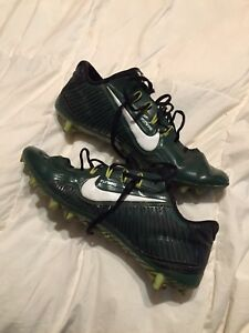 Nike vapor carbon 2.0 football cleats