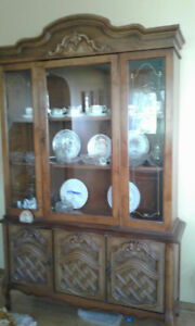 Solid Wood China Cabinet & Hutch