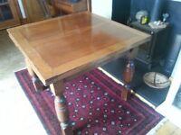 Antique/Vintage Solid Oak Extending Kitchen/Dining Table