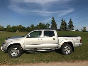 2005 Toyota Tacoma TRD SR5 Crew Cab - Only 134,000 km
