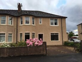Attractive two bed furnished flat with conservatory, Motherwell near Strathclyde Park