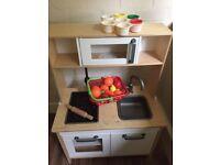 Kids kitchen unit