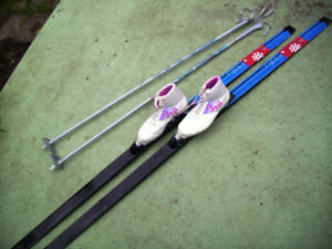 Ladies New Design Cross Country Skis, Poles, SNS Profil Boots