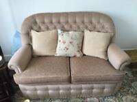 Lovely 2 seater settee and 2 armchairs (new)