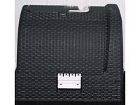 COVERED CURVER ATTRACTIVE BLACK BASKETWEAVE CAT LITTER TRAY, LITTLE USED ONLY £20, CAN DELIVER