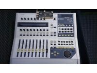 Motorised fader digital mixer - Yamaha 01X