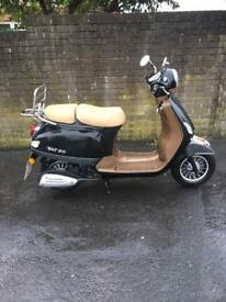 Wk bikes 50 cc scooter 66 plate 170 miles from new retro style moped