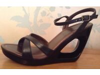 Women's Black Wedge Sandals Size 5.5 NEW & Boxed